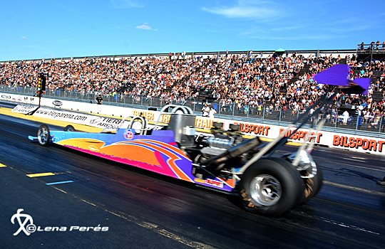 LMP_3354_Anders_Johnsen_in_Dubbledragster_LP540.jpg
